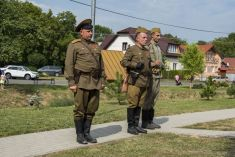 Odhalenie pamätníka padlým v 2. svetovej vojne